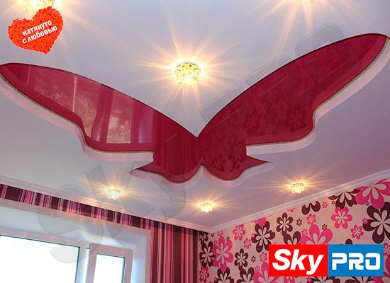 Бабочка из двух уровней натяжного потолка