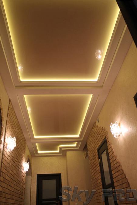 Парящий натяжной потолок со светодиодной подсветкой